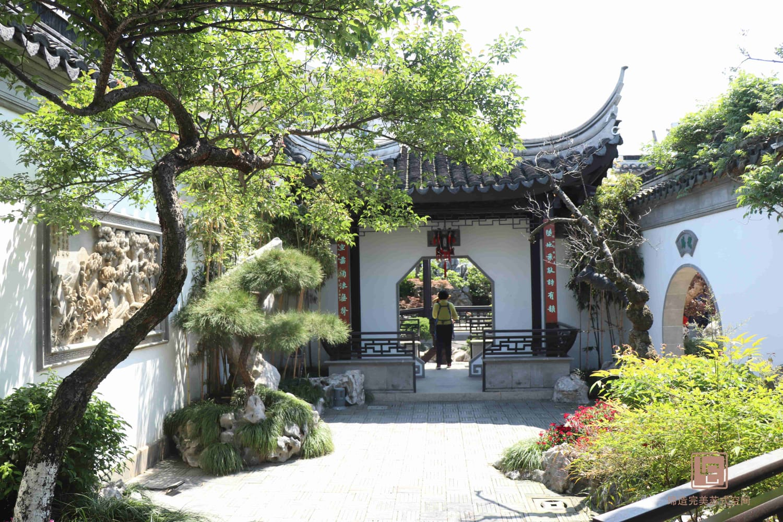 中式景观墙_苏州吴江豪门府邸别墅庭院设计苏式园林_苏州理池景观规划设计